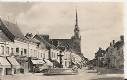 Carte Postale Ancienne Brillante De Conches La Place Carnot - Conches-en-Ouche