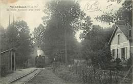95 VERVILLE  - La Halte, L'Arrivée D'un Train - France