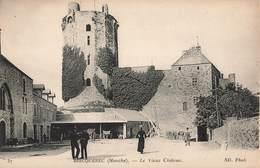 50 Bricqueville Le Vieux Chateau - Bricquebec