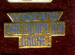 @@ Logo Automobile VOLVO Une équipe Qui Gagne (2x1) @@aut23 - Pin
