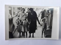 Carte-Photo De La Famille Royale - Avec Prince Baudouin Et Princesse Joséphine-Charlotte ... Lot120 - Familles Royales