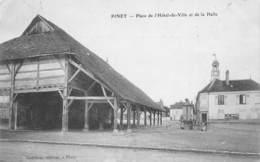 10 - AUBE - PINEY - 10109 - Hôtel De Ville Et Halle - Autres Communes