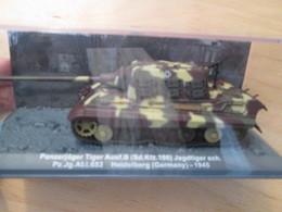 CARTONCAV / Modèle Réduit 1/72e Char  Allemand 39/45 JAGDTIGER 1945, état Comme Neuf - Panzer