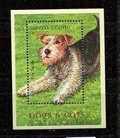 (cl 25 - P3) Sierra Leone** Bloc N° 463 (ref. Michel Au Dos) - Chien : Le Fox Terrier - - Sierra Leone (1961-...)