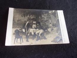 """Arts . Salon 1907. Tableau De Louis Baader """" Les Conseils De L ' Ancien """" Soldats . Régiments. Carte Photo . 3 Scans . - Malerei & Gemälde"""