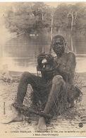 Bagne Cruauté Racisme . Prisonnier Noir Traité Comme Un Animal . Filet. Entraves En Bois .Esclave . Slavery - Prison
