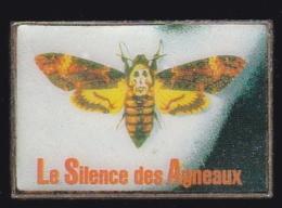 65180-Pin's.Cinéma.le Silence Des Agneaux.Papillon.Sphynx. - Cine