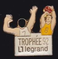 65192-Pin's-Basketball.Trophée Legrand. - Baloncesto