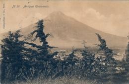 1910 GUATEMALA , TARJETA POSTAL CIRCULADA , ANTIGUA , VOLCÁN - Guatemala