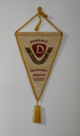 SPORT Dynamo Dresden Forderndes Mitglied Wimpel Fanion Flag Germany Deutschland - Habillement, Souvenirs & Autres