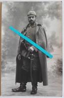 1914 Dragon Bavarois 6 Em Cavalerie Allemande Reichsrevolver Sabre à La Blucher Tranchée 14 18 Poilu 1WK WW1 Carte Photo - Guerre, Militaire