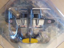 CARTONCAV / MODELE REDUIT EN METAL éditions Altaya Ou Delprado , SUPER DETAILLé ! AVION 39-45 BIMOTEUR FRANCAIS 1940 - Aerei E Elicotteri