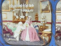 Boîte Cartonnée  Exposition 1867 / Palais & Musées Impériaux / 12 Vues Stéréo Doubles Colorisées Avec La Lumière - Fotografia
