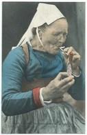29 Quimper - Vieille Fumeuse De Quimper - - Quimper