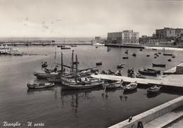 BISCEGLIE-BARI-IL PORTO-CARTOLINA VERA FOTOGRAFIA-VIAGGIATA IL 1-1-1957 - Bari
