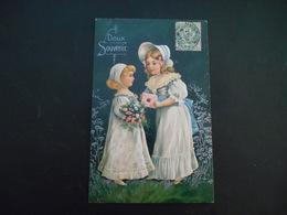 Petites Filles élégantes Avec Chapeau Et Bonnet Tenant Lettre Et Bouquet De Fleurs Roses - Argent - Gaufrée - Série 7046 - Enfants