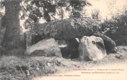 VERNEUSSES - Dolmen De La Grosse Pierre - Monument Préhistorique Classé En 1911 - France