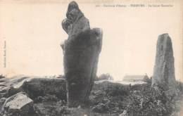 Environs D'Auray - ERDEVEN - Le Géant Kerserho - Menhir - Autres Communes