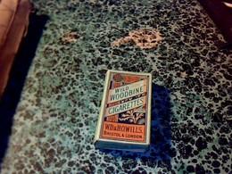 """Angleterre Publicité Paquet De Cigarettes Vide  """" Wild Woodbine Cigarettes """" W.D Howils Bristol & London - Autres"""