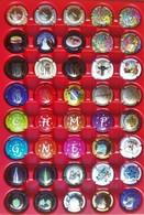 Lot H De 40 Capsules De Champagne Génériques, Toutes Différentes - Collections
