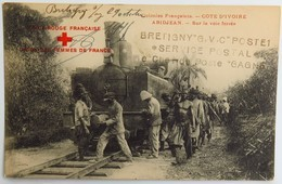 """C. P. A. : COTE D'IVOIRE : ABIDJAN, ABIDJEAN : Sur La Voie Ferrée, Train, Animé, """"Croix Rouge Française"""", En 1915 - Ivory Coast"""