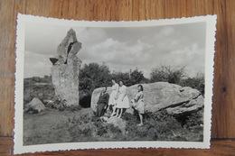 PHOTOGRAPHIE DES ANNES 1950 PAS CP - PIERRE DUIDIQUE - DOLMEN - MENHIR - A LOCALISER - A Identifier