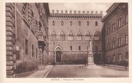 SIENA - PIAZZA E PALAZZO SALIMBENI - SEDE DEL MONTE DEI PASCHI - Siena