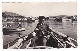 Corse Du Sud Ajaccio N°999.06 Vue Sur La Citadelle Pêcheurs Rame Sur Bateau Ou Barque - Ajaccio