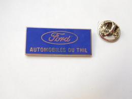Beau Pin's En Zamac , Auto Ford , Automobiles Du Thil - Ford