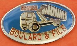 FF....984...TRAVAUX PUBLIC / CAMIONS / ELEVATEURS / ....BOULARD   ET  FILS - Pin's