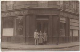 75 PARIS XVe  Carte Photo D'une Boulangerie Située à L'angle De La Rue De La Procession (voir Plaque) - Arrondissement: 15