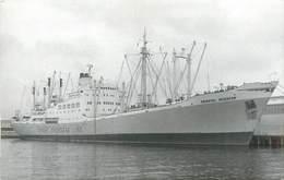 523 PHOTO BATEAU DE COMMERCE LE ORIENTAL INVENTOR DE 1955  . FORMAT CPA PREFIXE M.V - Andere