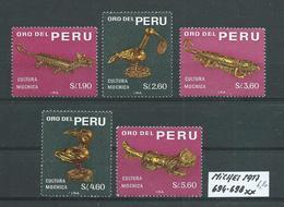 PERU MICHEL SATZ 694 - 698 Postfrisch Siehe Scan - Peru