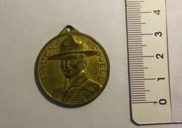 Medaglia Di BP (fondatore Del Movimento Scout) Anni 1970 Circa - Scouting