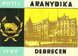 "Hotelaufkleber Etiquette Pour Valise "" Hungary Debrecen Aranybika "" Kofferaufkleber Luggage Label Adesivi Per Hotel - Adesivi Di Alberghi"