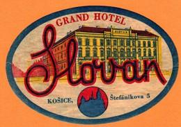 "Hotelaufkleber Etiquette Pour Valise "" Slovakia Kosice Grand Hotel "" Kofferaufkleber Luggage Label Adesivi Per Hotel - Adesivi Di Alberghi"