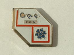 PIN'S CAF DOUAI - Administración