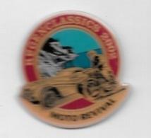 Pin's  Automobile, Moto  HUGENCLASSICS  2002, MOTO  REVIVAL - Motorfietsen