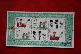 Blok Kinderzegels Kind Child Welfare Enfant NVPH 1855 (Mi Block 62); 1999 POSTFRIS / MNH ** NEDERLAND / NIEDERLANDE - Period 1980-... (Beatrix)