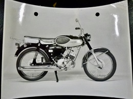 Photo PRESSE : MOTO _ BRIDGESTON 100 Sport _ 1967 _ VINTAGE - Cars