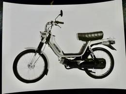 Photo PRESSE : MOBYLETTE _ MOTOBECANE M11 _ 1981 _ VINTAGE MOTO - Cars