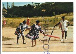 Nouméa. Joueuses De Cricket. - New Caledonia