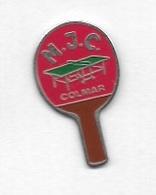 Pin's  Ville, Sport  Ténnis  De  Table  M.J.C.  COLMAR  ( 68 ) Maison Des Jeunes Et De La Culture - Table Tennis