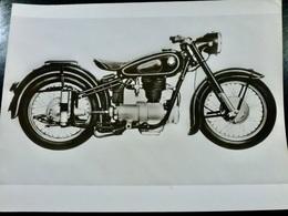 Photo PRESSE : Photo XXL _ MOTO _ BMW R-25/3 _ 1953 _ VINTAGE - Cars