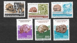1989 MNH Indonesia, Michel 1306-11 Postfris** - Arqueología