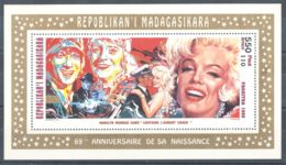 Madagascar - 1995 Marilyn Monroe Block (2) MNH__(TH-6227) - Madagaskar (1960-...)