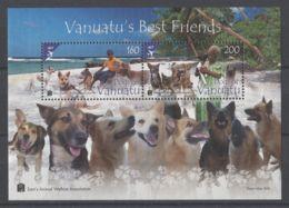 Vanuatu - 2013 Dogs Block MNH__(TH-14175) - Vanuatu (1980-...)