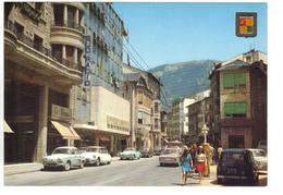 CPM ANDORRE VALLS D'ANDORRA Andorra La Vella Avenue Meritxell Voitures à Reconnaître DS 4L Sud Radio Pyrénnées - Andorra