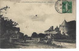 79 - COULONGES SUR L ' AUTIZE - Belle Vue Animée Du Château Du Père - Coulonges-sur-l'Autize