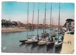 44 Le Pouliguen Le Port Le Coin Des Yachts (2 Scans) - Le Pouliguen
